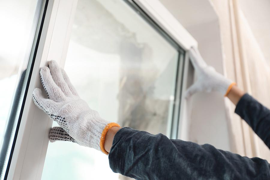 Glazing repairs in London
